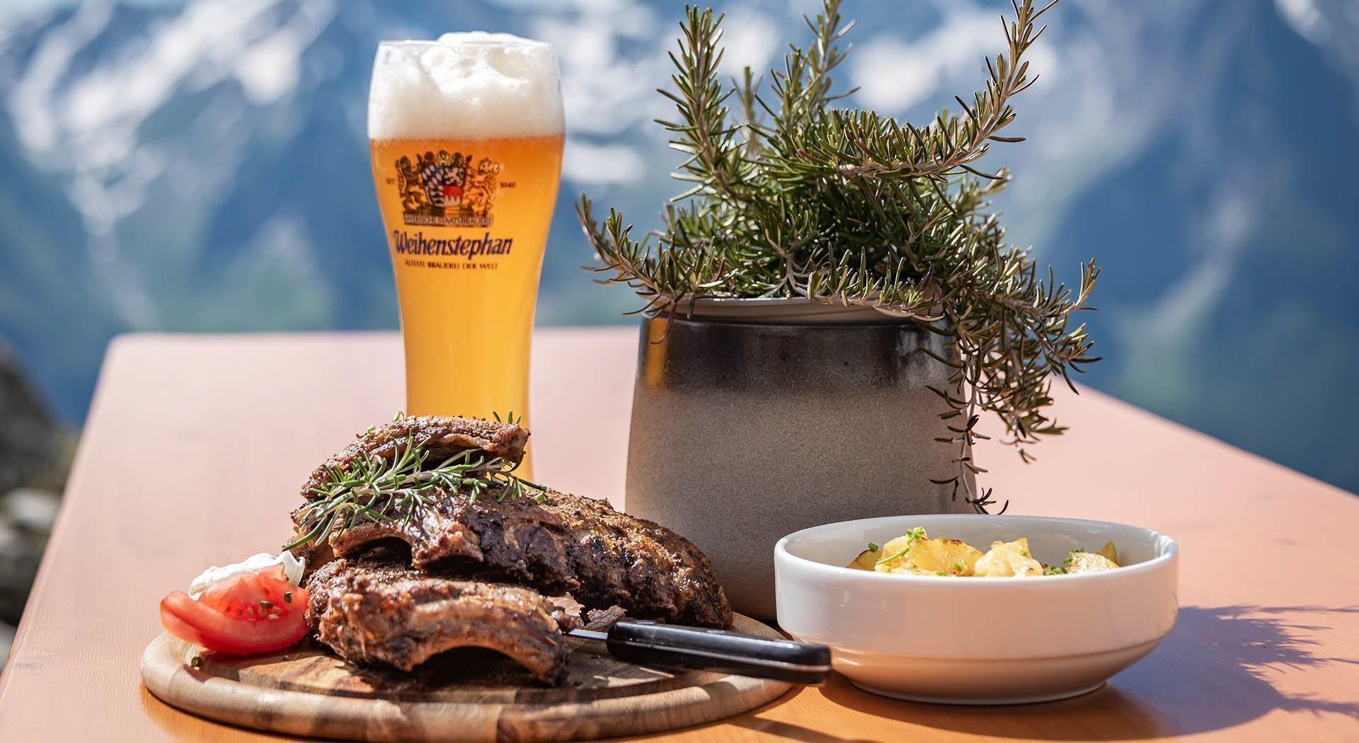 Spezialitäten der Tiroler Küche