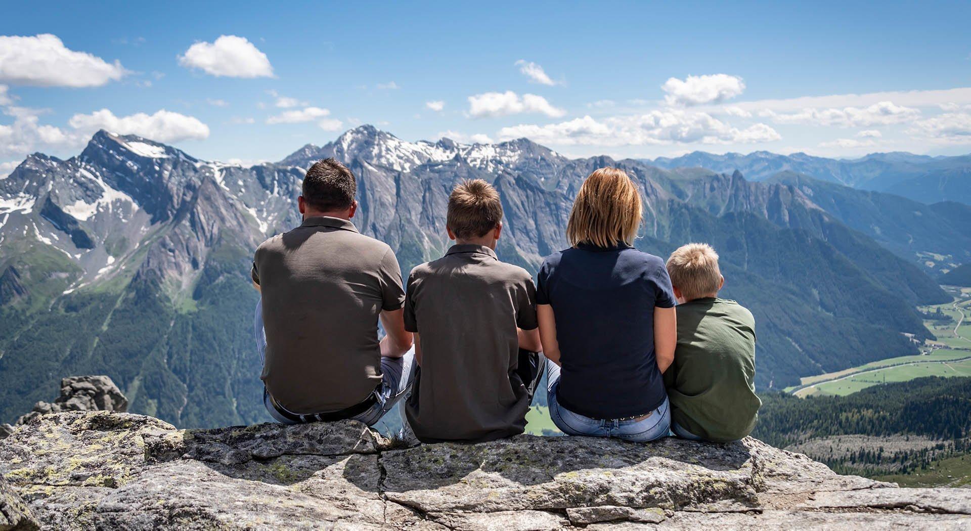 Wandern im Sommer im Pfitschertal in Südtirol